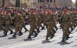Esercito: concorso per 24 Allievi Tenenti, bando per Laureati – scadenza 5 Febbraio 2018