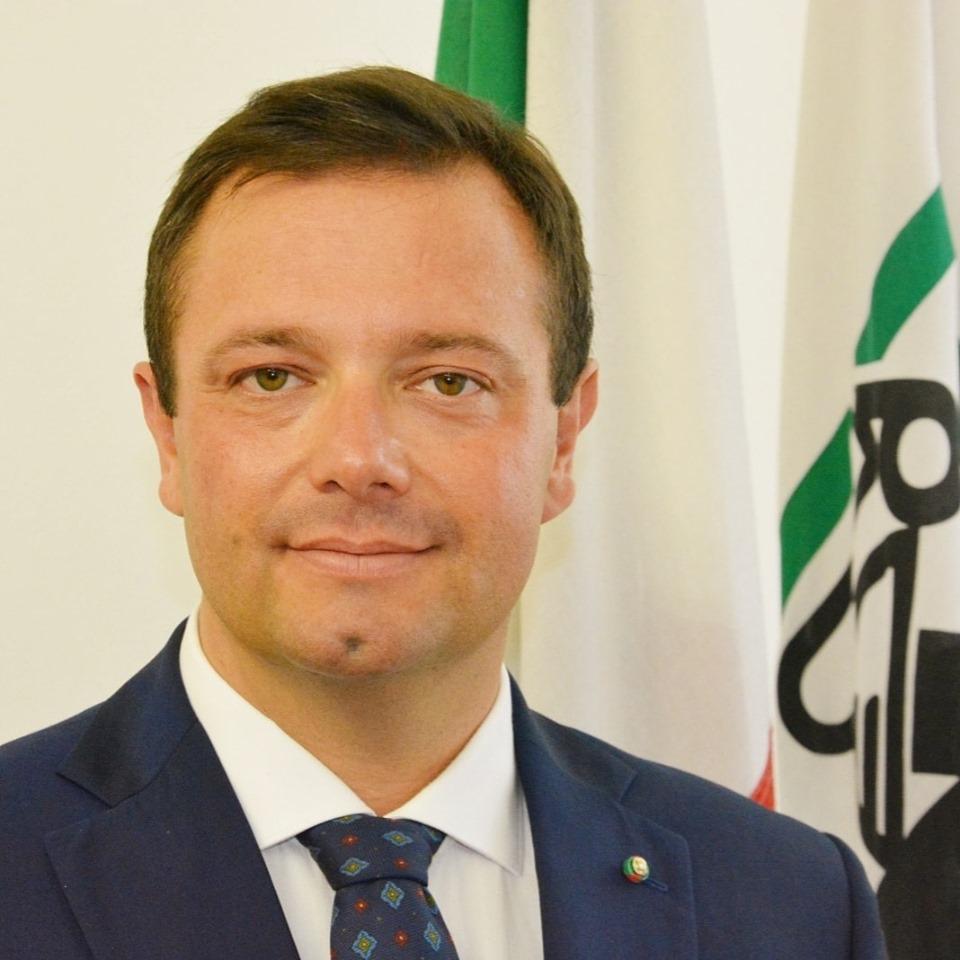 """""""INACCETTABILE VIETARE LA RECITA DI NATALE AI BAMBINI"""""""