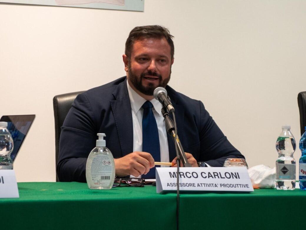 """BANDO """"DALLA VIGNA ALLA TAVOLA"""", FINANZIATI TUTTI I 21 PROGETTI PERVENUTI CON 1M/EURO. CARLONI: """"COINVOLTE CENTINAIA DI AZIENDE E ATTIVITÀ DELLA RISTORAZIONE  PER PROMUOVERE LE ECCELLENZE VITIVINICOLE MARCHIGIANE"""""""